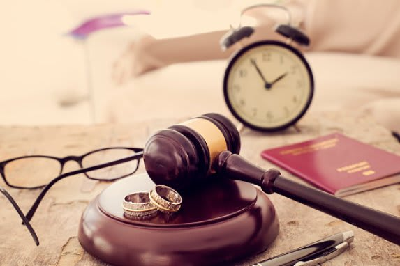 DIVORCE AND FAMILY LAW